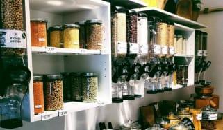 Zero-waste store