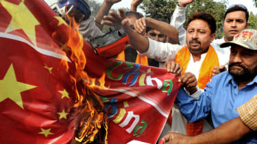 Hindu nationalists protest against perceived Chinese support for Naxalite rebels