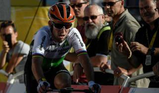 Mark Cavendish cycling Epstein-Barr virus
