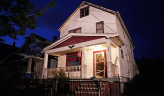 cleveland-kidnapping-home.jpg