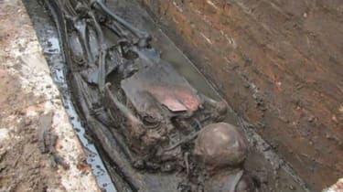 270116-wd-bodiesinblackburngrave.jpg