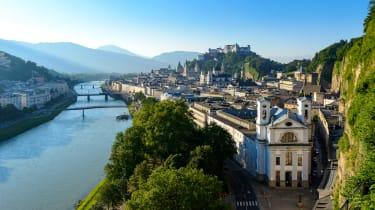 Blick über die Salzburger Altstadt vom Mönchsberg