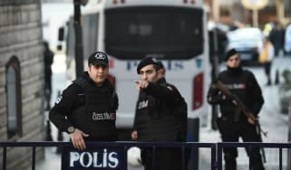 160112-istanbul-attacks.jpg