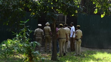 Indian police investigate white tiger attack at Delhi Zoo