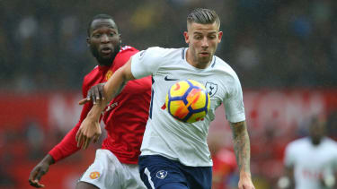 Toby Alderweireld in action for Tottenham against Manchester United striker Romelu Lukaku