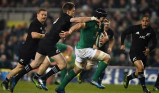 New Zealand beat Ireland 21-9 at the Aviva Stadium in Dublin on 19 November 2016