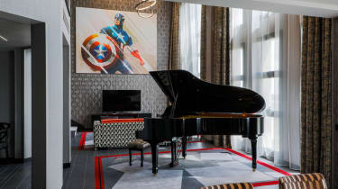Disney's Hotel New York - The Art of Marvel presidential suites