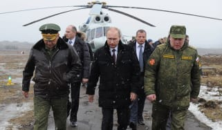 Putin heads off to watch military exercises