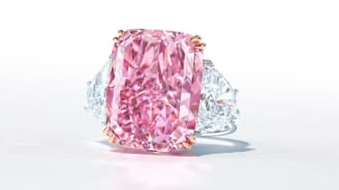 Christie's is hoping to fetch £18.2m-£28m for the Sakura Diamond