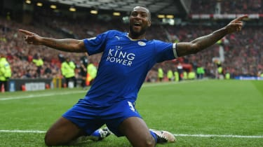 Wes Morgan of Leicester City celebrates at Old Trafford