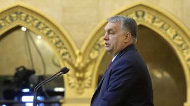 Viktor Orban addresses the Hungarian parliament in Budapest