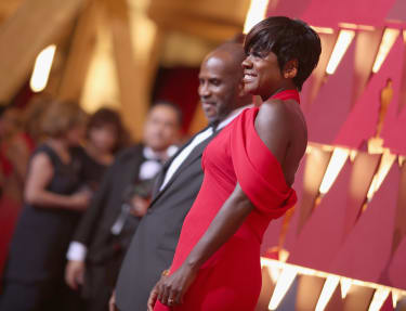HOLLYWOOD, CA - FEBRUARY 26:Actors Julius Tennon (L) and Viola Davis attend the 89th Annual Academy Awards at Hollywood & Highland Center on February 26, 2017 in Hollywood, California.(Photo