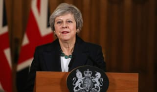 LONDON, ENGLAND - NOVEMBER 15: Britain's Prime Minister Theresa May speaks during a press conference inside 10 Downing Street on November 15, 2018 in London England. Cabinet Ministers Dominic