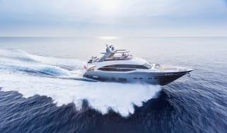 75-motor-yacht-exterior-grey-hull-9.jpg
