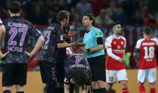 VAR half-time penalty Mainz Freiburg Bundesliga Germany Guido Winkmann