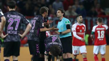 VAR half-time penalty Mainz Freiburg Bundesliga Germany Guido Winkmann